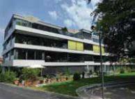Здания гармонично вписываются в развитую инфраструктуру района.
