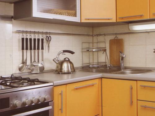 Фартук на кухне облицованный