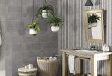 """Современный дизайн квартиры, созданный с помощью керамической плитки """"под цемент"""" в модных оттенках"""