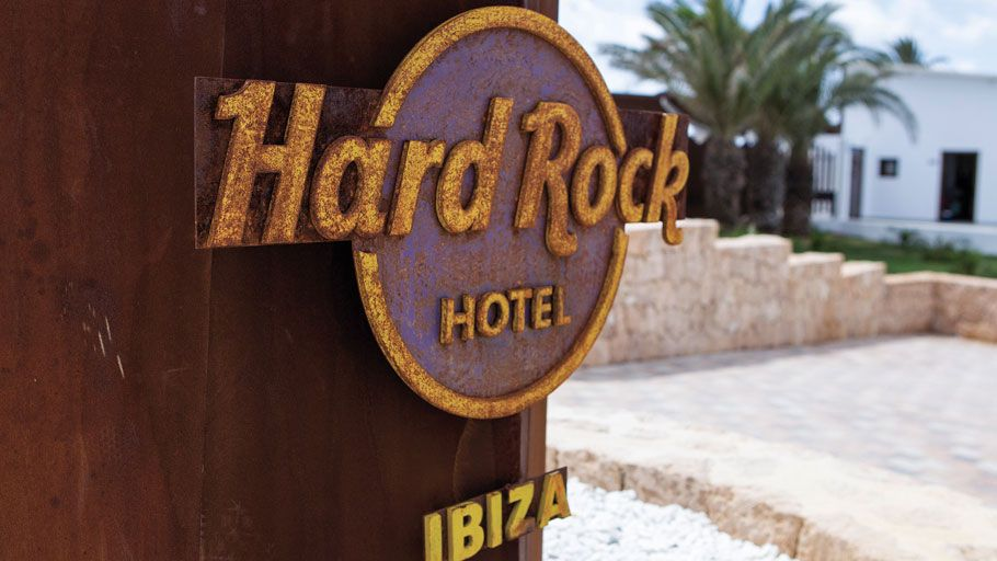 Проекты группы PORCELANOSA — Hard Rock Hotel Ibiza, Испания