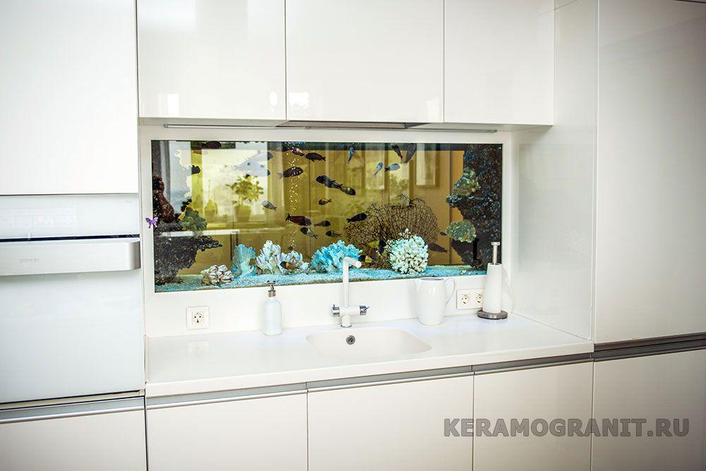 Аквариум на фартуке в кухне (фото 3)